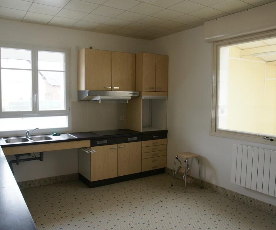 Location Maison 6 pièces 140m² Amigny-Rouy (02700) - photo