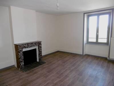Location Maison 7 pièces 135m² Saint-Jean-des-Ollières (63520) - Photo 2