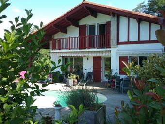 Vente Maison 7 pièces 190m² Hasparren (64240) - Photo 1