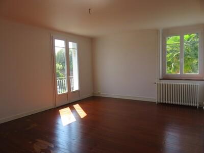 Location Appartement 4 pièces 106m² Pau (64000)