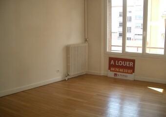 Location Appartement 2 pièces 54m² GRENOBLE - photo