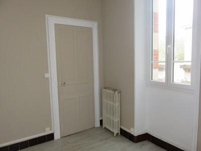 Location Appartement 4 pièces 88m² Pau (64000) - Photo 13