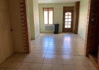 Location Maison 3 pièces 67m² Chauny (02300) - photo 2