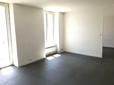 Location Appartement 3 pièces 59m² Saint-Étienne (42000) - Photo 7