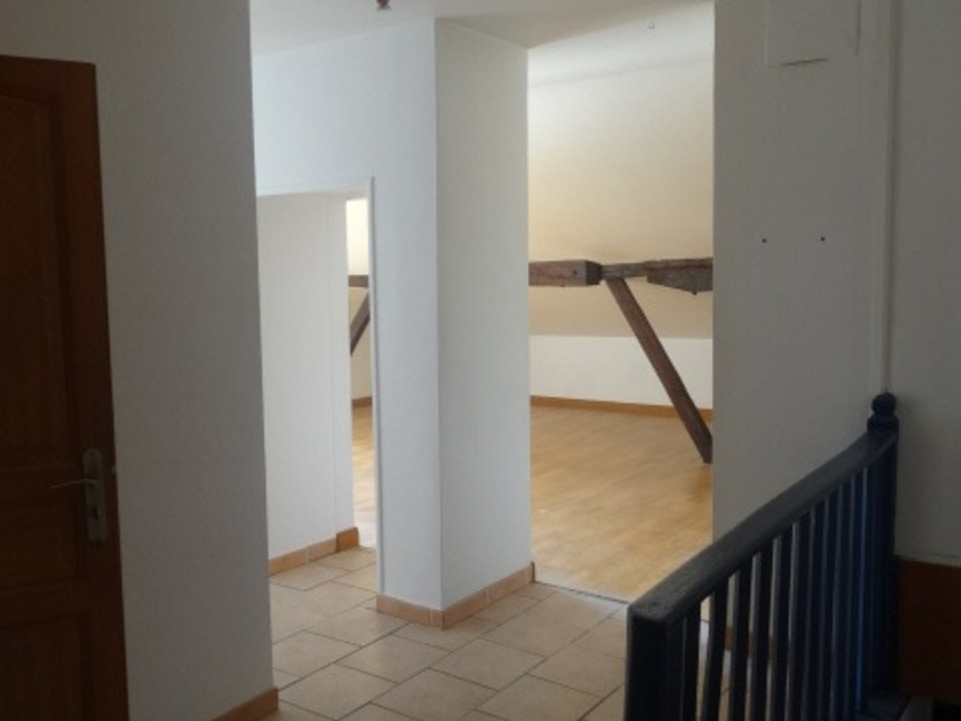 Location Appartement 3 pièces 61m² Cambo-les-Bains (64250) - photo