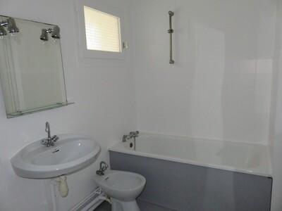 Location Appartement 2 pièces 46m² Pau (64000) - Photo 12