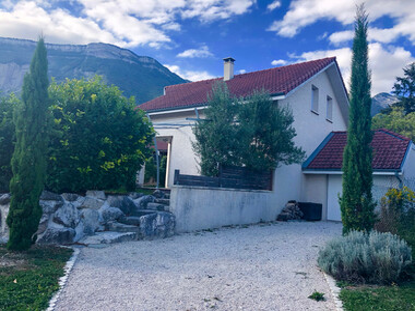 Renting House 4 rooms 90m² Saint-Ismier (38330) - photo