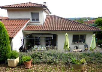 Vente Maison 6 pièces 165m² Beaurepaire (38270) - Photo 1