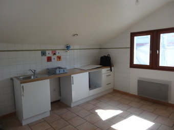 Location Appartement 3 pièces 55m² Cambo-les-Bains (64250) - photo 2