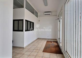 Location Bureaux 3 pièces 77m² Cayenne (97300) - Photo 1