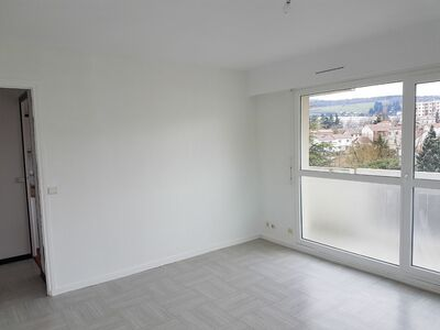 Location Appartement 2 pièces 46m² Saint-Étienne (42100) - photo