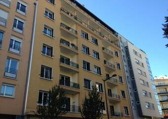 Sale Apartment 4 rooms 73m² Annecy (74000) - photo
