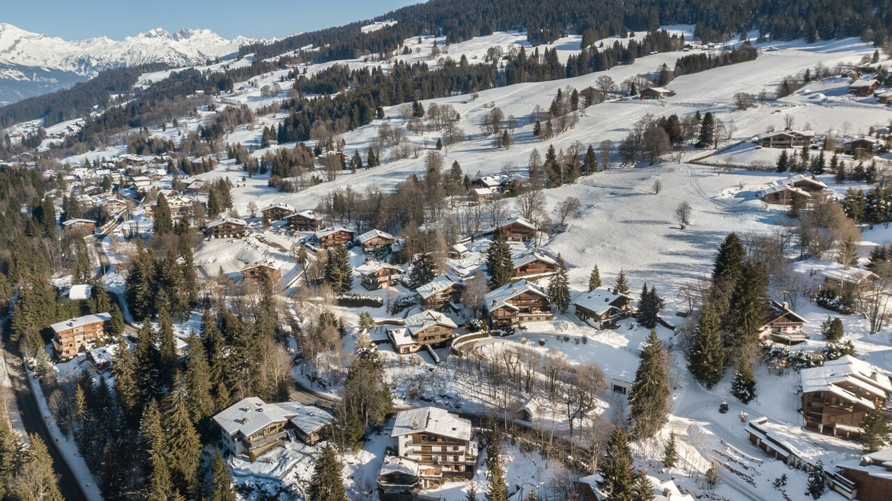 Photo of TYPICAL CHALET SWISS CONSTRUCTION