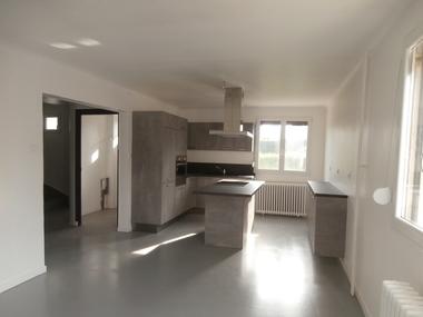 Vente Maison 5 pièces 105m² LUXEUIL LES BAINS - photo