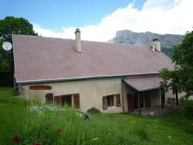Vente Maison 6 pièces 160m² Saint-Étienne-en-Dévoluy (05250) - photo