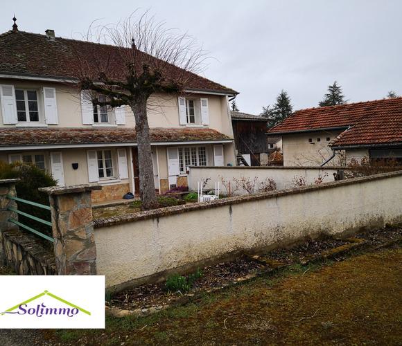 Vente Maison 5 pièces 130m² Saint-André-le-Gaz (38490) - photo