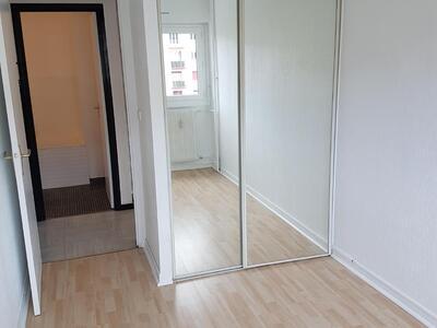 Location Appartement 2 pièces 46m² Saint-Étienne (42100) - Photo 5