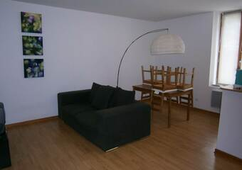 Location Appartement 75m² Amplepuis (69550) - photo 2