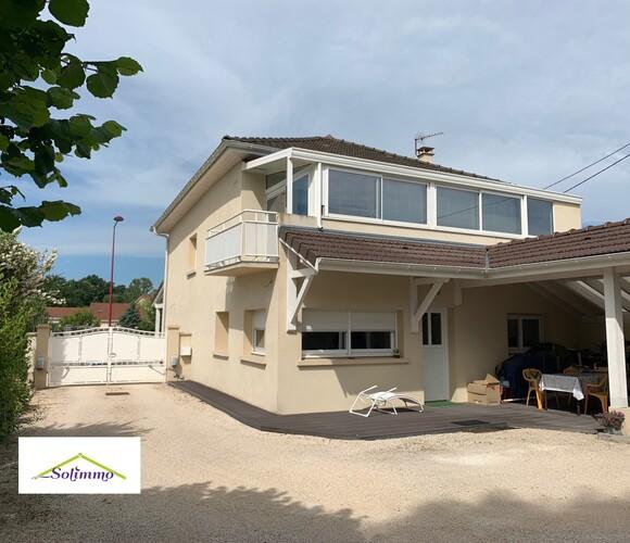 Vente Maison 6 pièces 184m² Les Abrets (38490) - photo