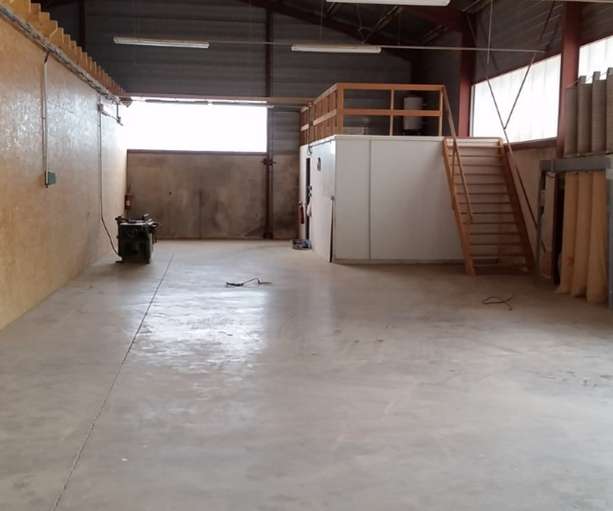 Location Local commercial 225m² Itxassou (64250) - photo