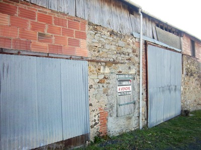 Vente Garage 400m² Billom (63160) - photo