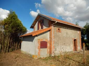 Vente Maison 3 pièces 54m² Gourgé (79200) - Photo 1