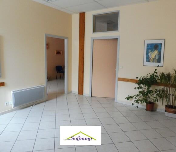 Vente Bureaux 10 pièces 268m² La Tour-du-Pin (38110) - photo