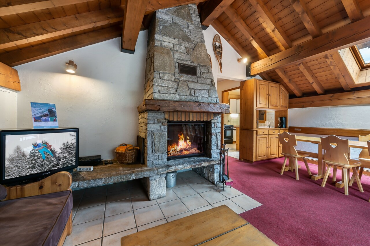 EXCLUSIVE: CHALET WITH HIGH POTENTIAL Chalet in Meribel