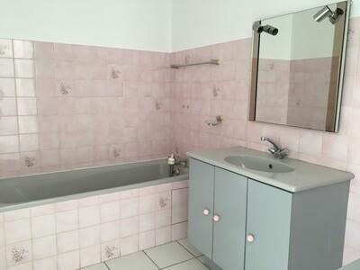 Location Appartement 2 pièces 44m² Saint-Étienne (42100) - Photo 12