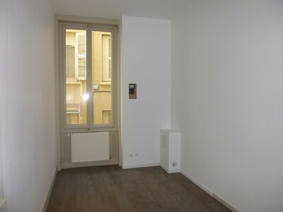 Location Appartement 3 pièces 70m² Saint-Étienne (42000) - Photo 7