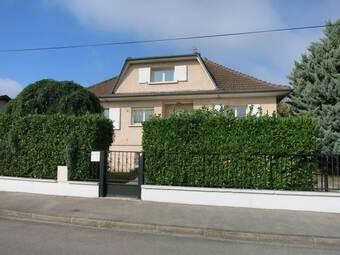 Location Maison 5 pièces 140m² Chassieu (69680) - Photo 1