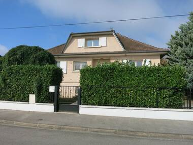 Location Maison 5 pièces 140m² Chassieu (69680) - photo