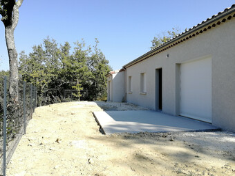 Location Maison 4 pièces 94m² Malataverne (26780) - Photo 1