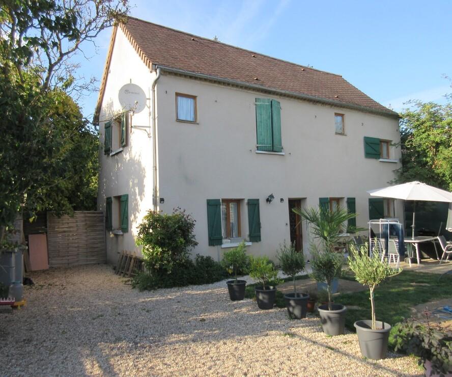 Location Maison 3 pièces 83m² Jouy-sur-Eure (27120) - photo