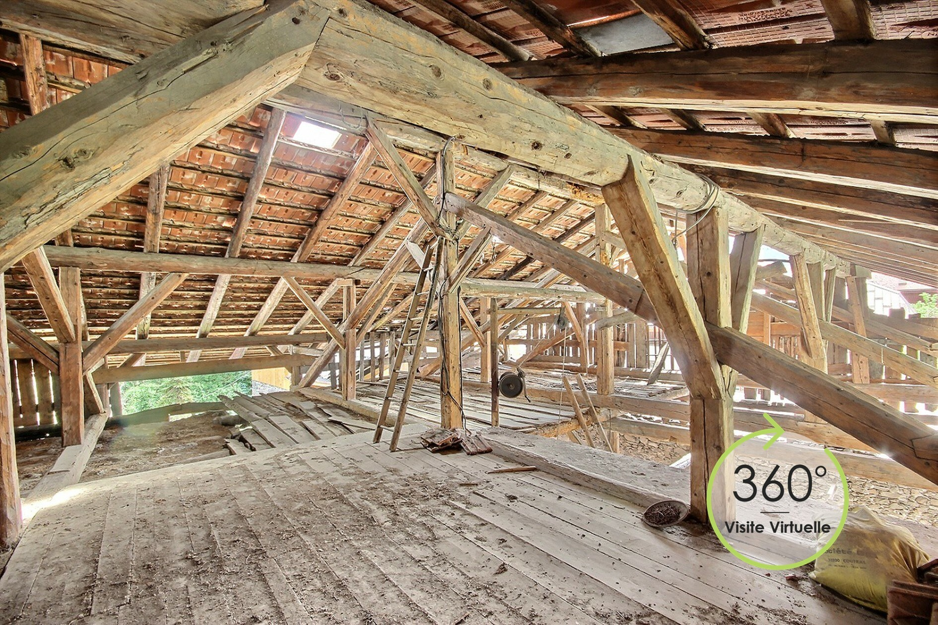 Nice barn to renovate
