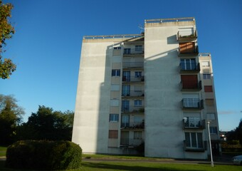 Vente Appartement 4 pièces 75m² Parthenay (79200) - photo