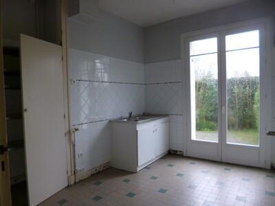 Location Appartement 3 pièces 74m² Pau (64000) - Photo 4