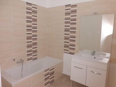 Location Appartement 4 pièces 78m² Savigneux (42600) - Photo 4