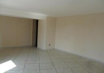 Sale House 6 rooms 110m² 1/4 H DE LURE