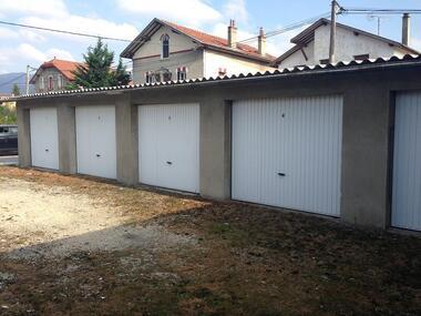 Location Garage 13m² Saint-Marcellin (38160) - photo