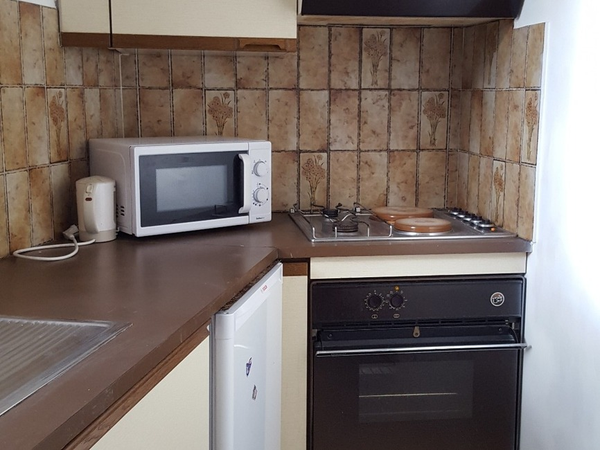 location appartement 2 pi ces pau 64000 369567. Black Bedroom Furniture Sets. Home Design Ideas