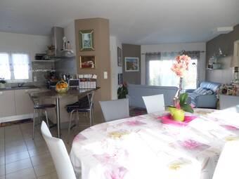 Vente Maison 4 pièces 85m² Saint-Mathurin (85150) - photo 2