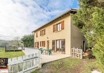 Vente Maison 7 pièces 149m² Saint-Laurent-de-Chamousset (69930) - photo