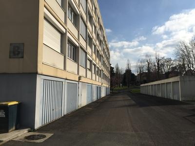 Location Garage Villars (42390) - photo