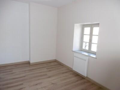 Location Appartement 2 pièces 39m² Billom (63160) - Photo 7
