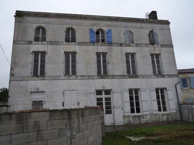 Vente Immeuble 20 pièces 470m² La Tremblade (17390) - photo