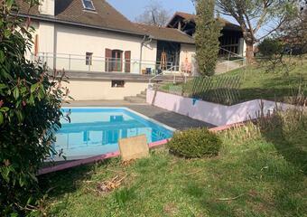 Vente Maison 8 pièces 255m² Saint-Étienne-de-Saint-Geoirs (38590) - Photo 1