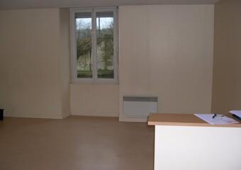 Location Appartement 2 pièces 68m² Argenton-sur-Creuse (36200) - Photo 1