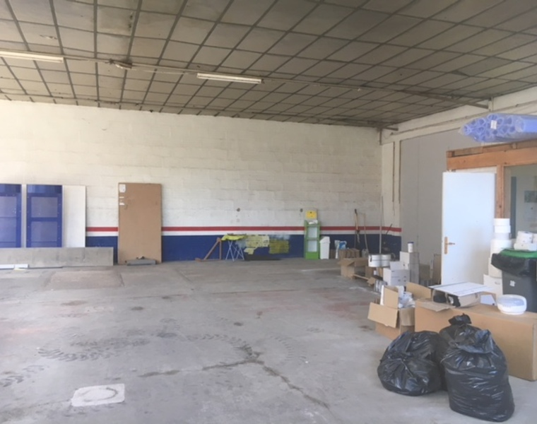 Location Local commercial 3 pièces 214m² Pouilly-sous-Charlieu (42720) - photo