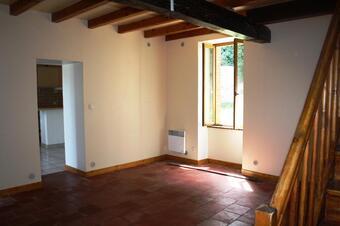 Location Maison 3 pièces Lombez (32220) - photo 2